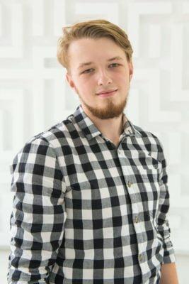 Дмитрий Николаевич, преподаватель информатики и программирования