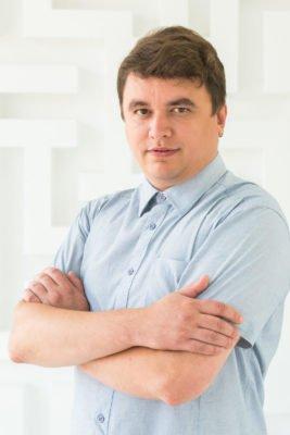 Владислав Андреевич, преподаватель обществознания и истории