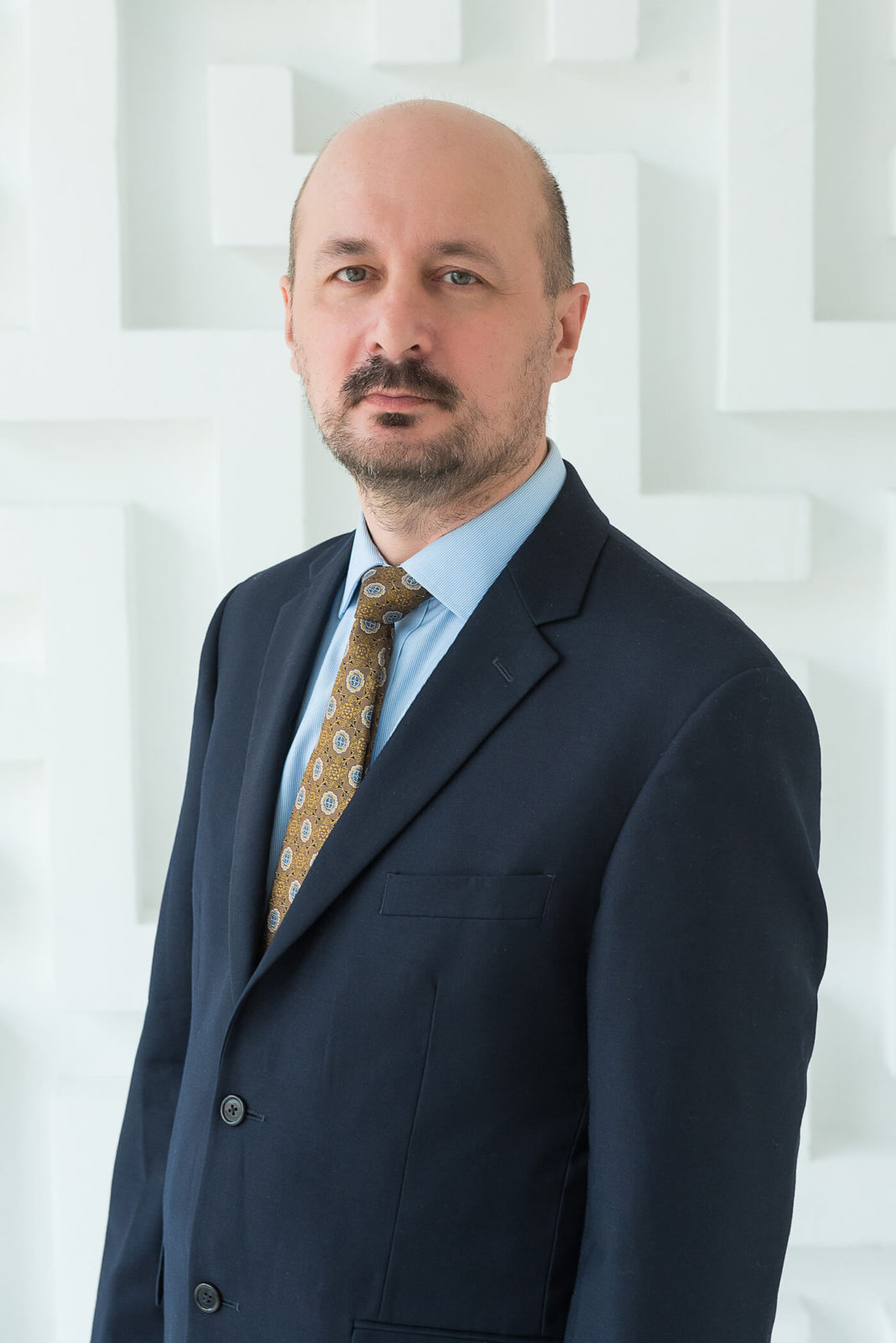 Олег Анатольевич, физика
